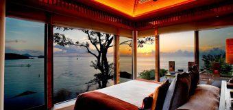 Sri Panwa Phuket Hotel プーケット、パンワーケープのプライベートビーチにある「シーパンワーホテル」